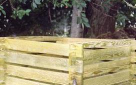 fa komposztáló