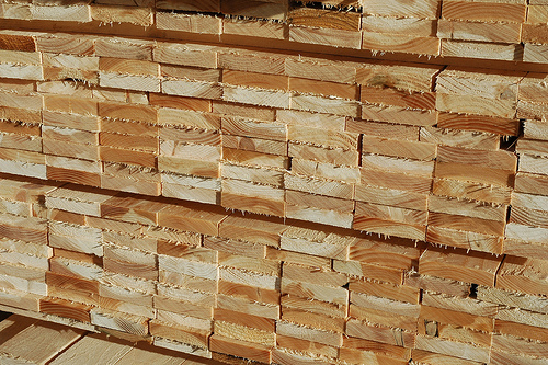 minosegi faaru egy helyen a fa anyagok szakertojetol